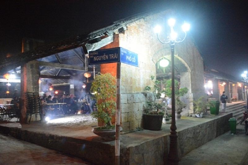 Ngôi nhà có mặt ngay bên trong phố cổ Đồng Văn
