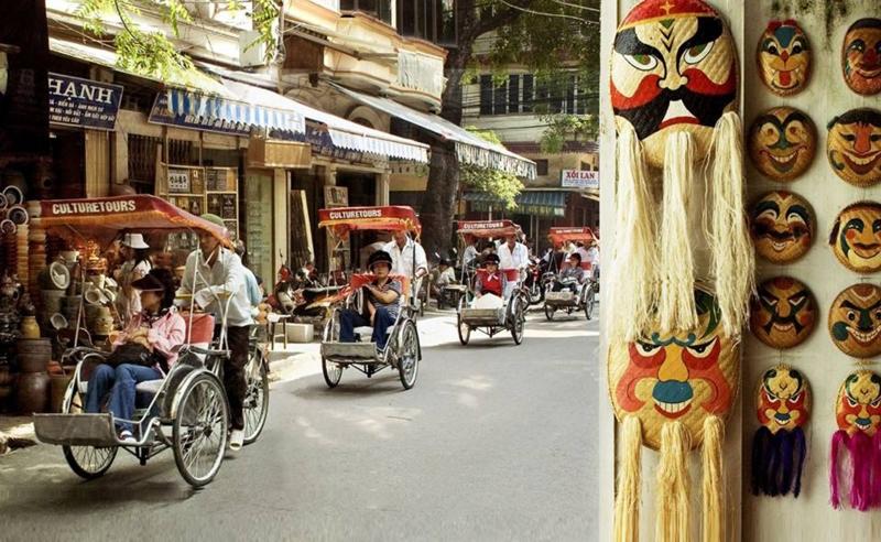 Phố Hàng Mã với những món đồ thủ công mỹ nghệ mang đậm văn hóa Việt Nam