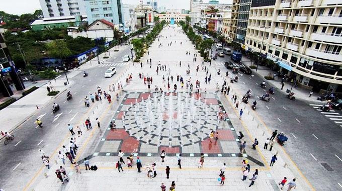 Toàn cảnh phố đi bộ Nguyễn Huệ - Nguồn: Sưu tầm