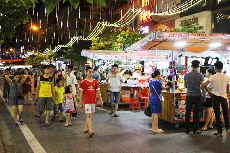 Phố đi bộ Trần Phú