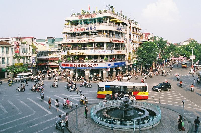 Hàm Cá Mập - điểm giao thông phổ biến nhất ở Hà Nội