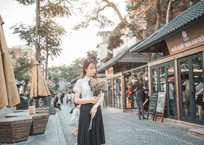 Hanoi Book Street
