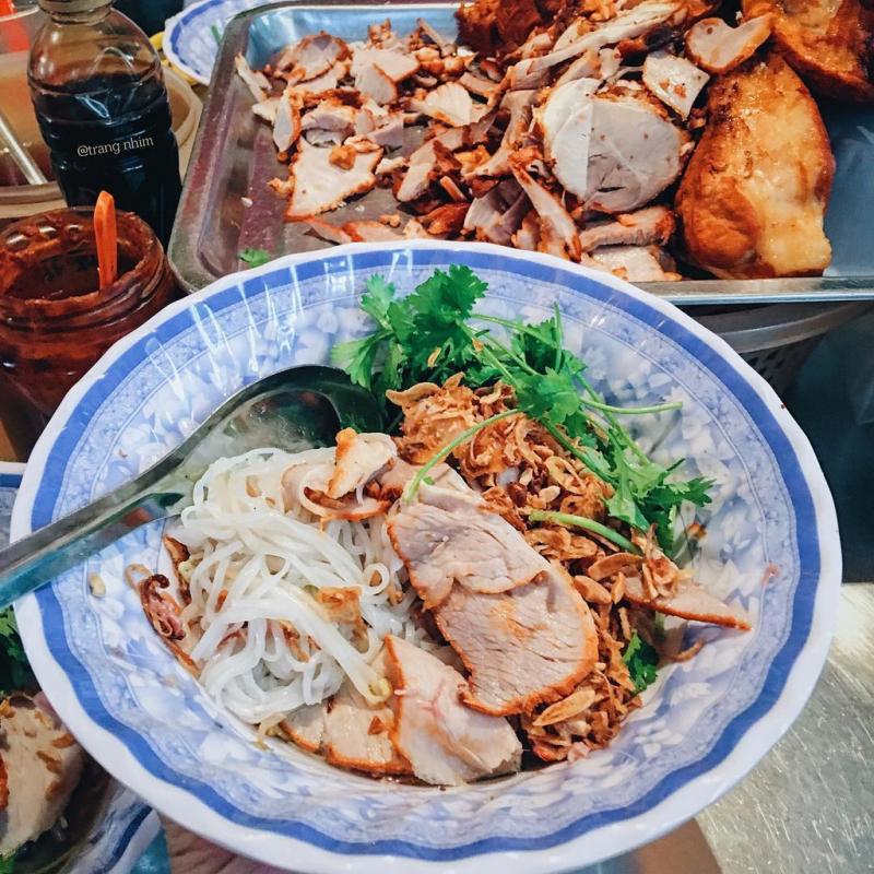 Top 11 quán ăn ngon nhất bạn không nên bỏ lỡ tại thiên đường ẩm thực ngõ chợ Đồng Xuân, Hà Nội