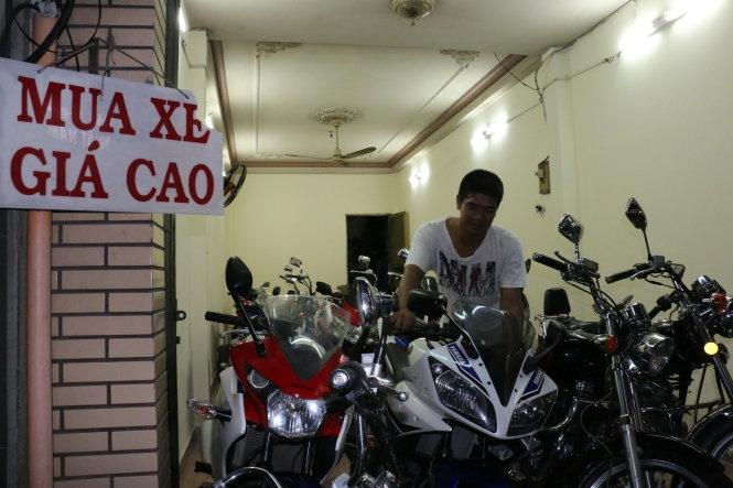 Tiệm mua xe cũ của anh Nguyễn Hoàng Sang (Nguồn: Báo Tuổi Trẻ)
