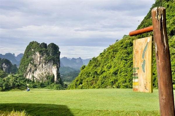 Du khách sẽ có những trải nghiệm thú vị tại sân golf Phượng Hoàng