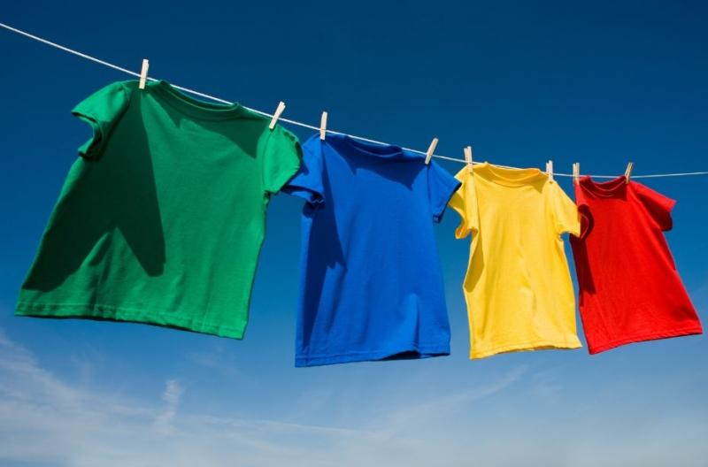 Bạn nên tìm chỗ thoáng mát hơn để phơi quần áo
