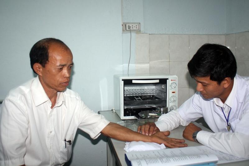 Phòng chẩn trị đông y Từ Thiện nơi thăm khám bệnh miễn phí cho bệnh nhân