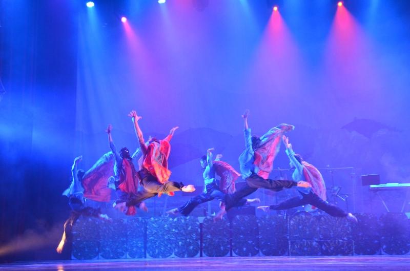 Hình ảnh các hoạt động tiêu biểu trên sân khấu nhà hát quân đội phía nam-cơ sở của VNQ