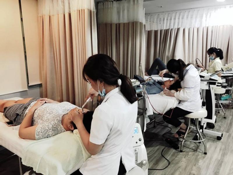 Phòng Khám Chuyên Khoa Da Liễu - Tiến sĩ, Bác sỹ Trần Ngọc Ánh