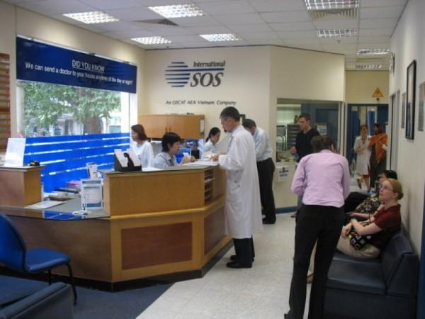 Khám nhi tại phòng khám đa khoa quốc tế International SOS