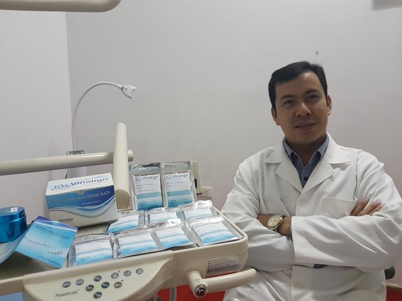 BS Phạm Việt Hưng - phòng khám SOS