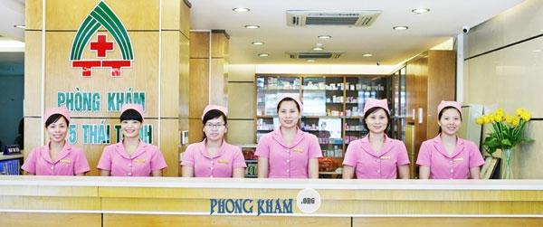 Đội ngũ y bác sĩ tại phòng khám