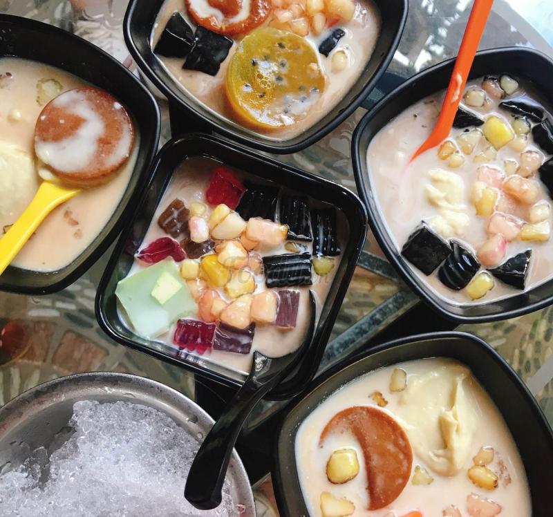 Phong Lan - Coffee, Chè, Ăn Vặt.