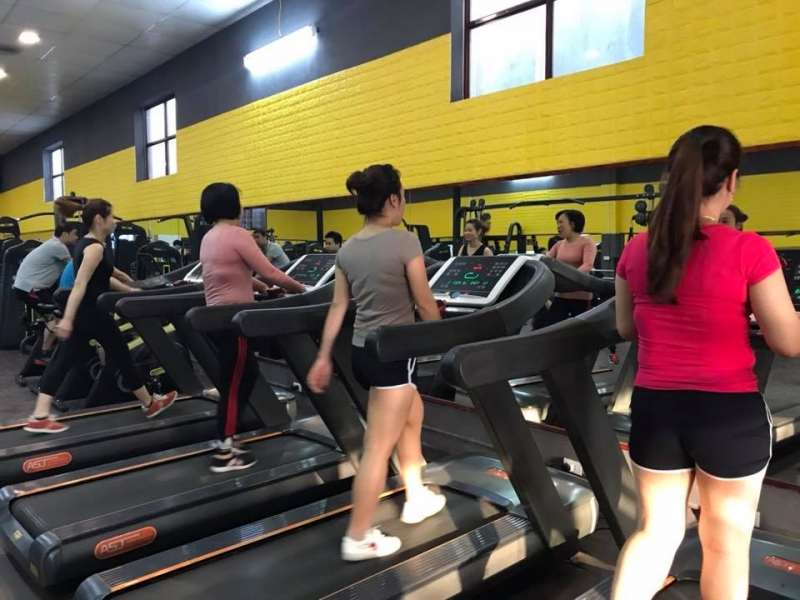 Phòng Tập Titan Gym 334 Ngọc Thụy