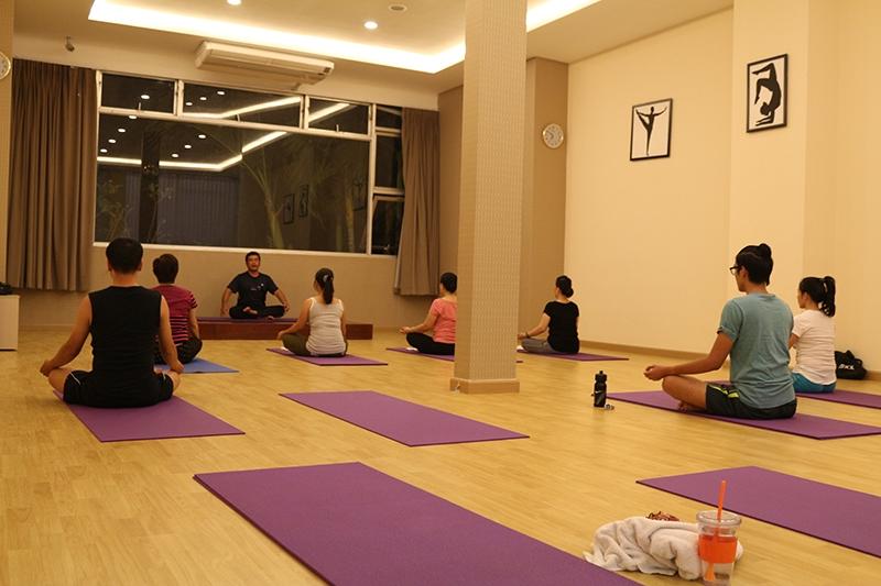 Phòng tập Yoga trường cao đẳng văn hóa nghệ thuật