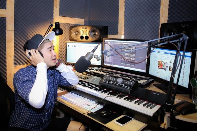 Phòng thu Thanh Tùng mang đến cho bạn trải nghiệm thu âm chuyên nghiệp với mức giá cạnh tranh nhất