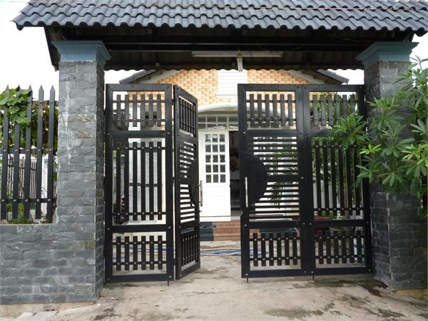 Phong thủy cổng nhà (Nguồn: phongthuythietke.vn)