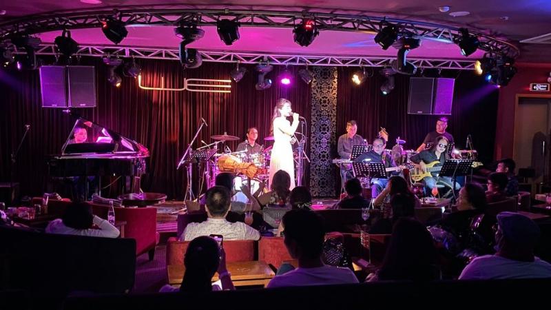 Phòng trà ca nhạc