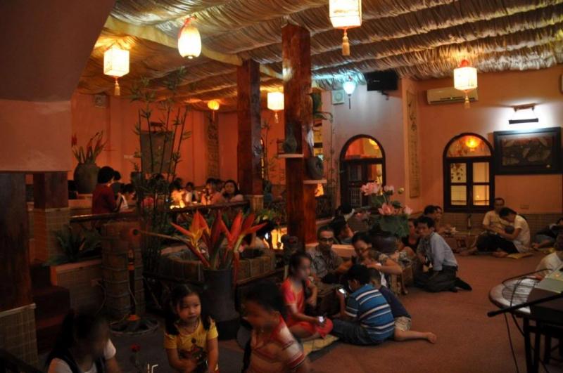 Phòng tràca nhạc địa điểm hẹn hò lý thú