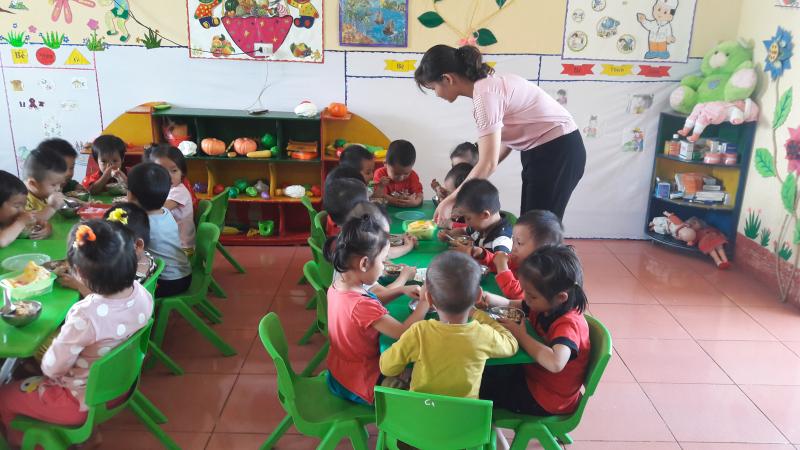 Ăn bán trú tại trường đảm bảo dinh dưỡng