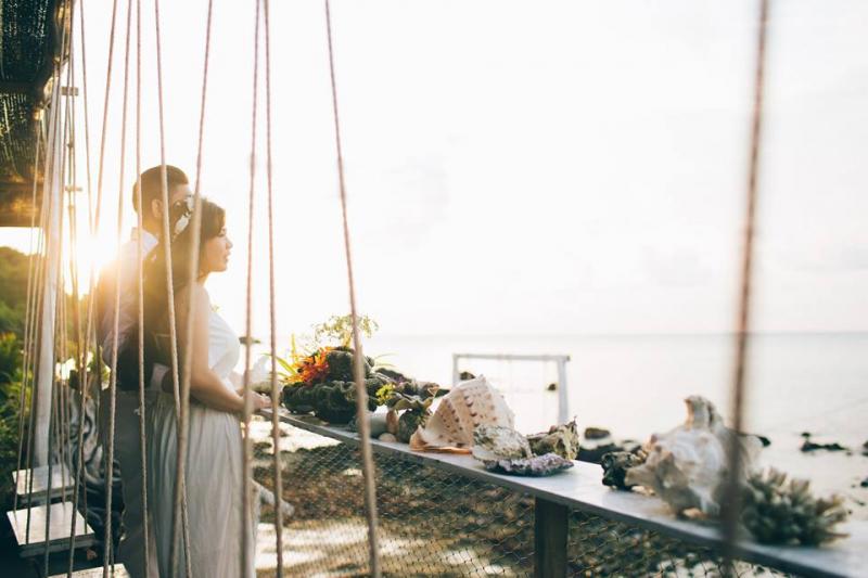 Hương vị biển được mang vào trong album ảnh cưới