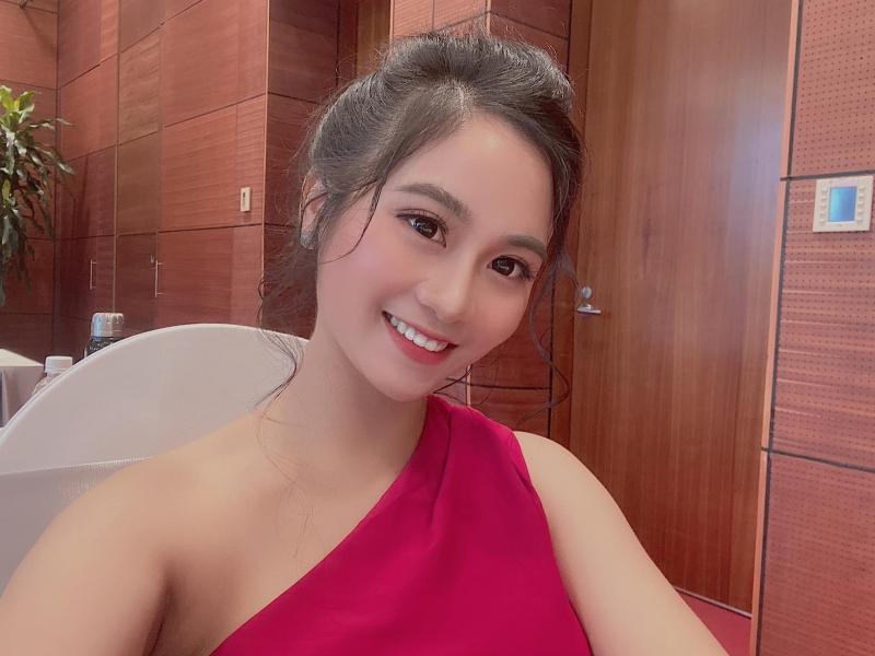 Phương Khanh Make Up