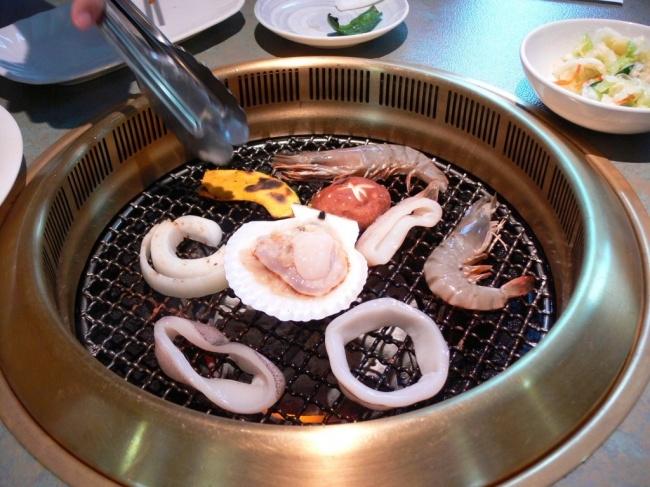 Nướng là một trong những phương pháp nấu ăn điển hình của người Nhật