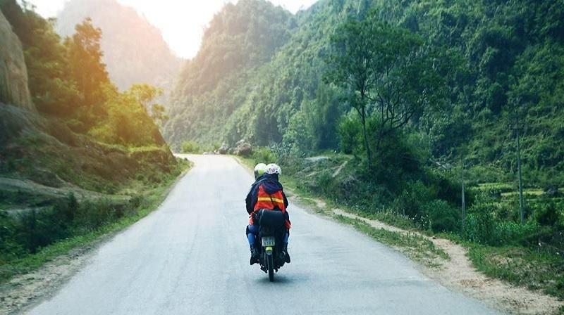 Di chuyển bằng xe máy dễ dàng
