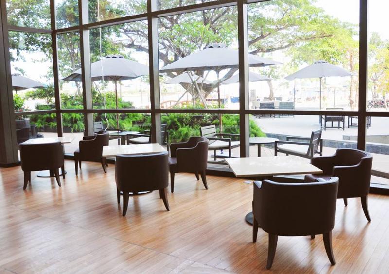 Đến với nhà hàng món Âu này, bạn sẽ cảm nhận được sự thư thái, thoáng mát và lãng mạn