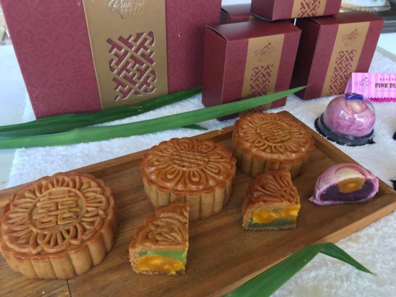 Bánh nướng handmade của tiệm