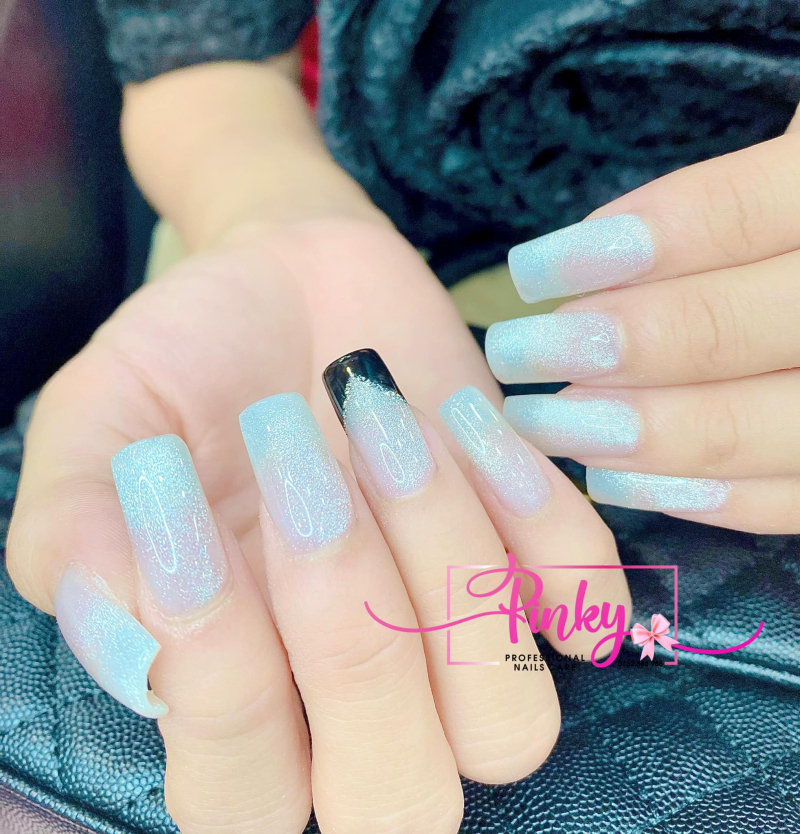 PINKY NAILS CARE