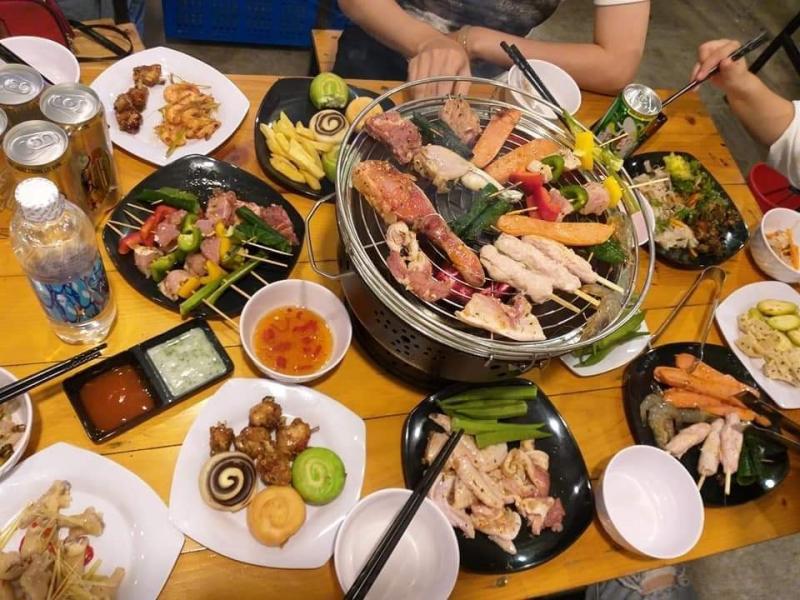 Món ăn chất lượng, giá cả bình dân, không gian thoáng mát, tạo nên những bữa ăn tuyệt vời tại PinPas BBQ Buffet