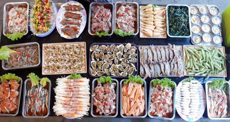 Nguyên liệu được chọn lựa kỹ lưỡng và đảm bảo vệ sinh, chế biến và nêm nếm vừa ăn, hợp với khẩu vị người Việt
