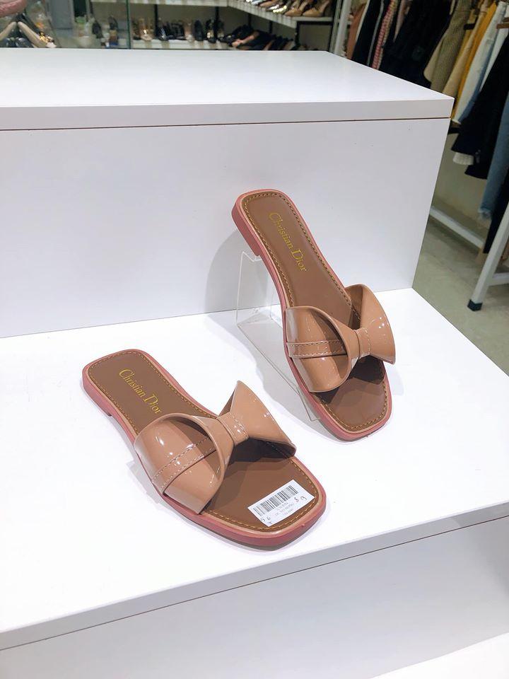 Rất nhiều mẫu giày đẹp tại Pisces St10 Chu Văn An.