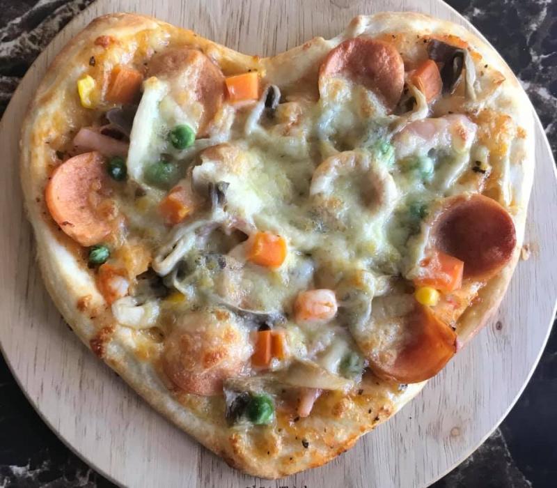 Pizza hình trái tim tại Pizza 131