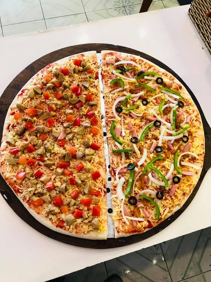 Món bánh pizza hấp dẫn tại quán
