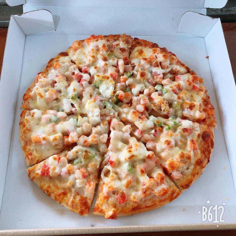 Bánh pizza hấp dẫn tại tiệm