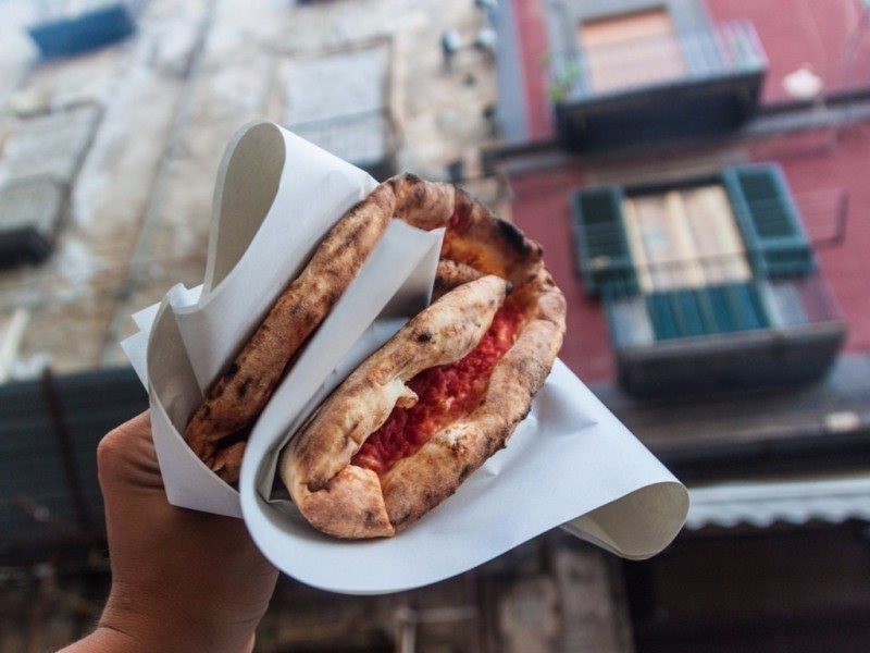 Pizza ở Naples