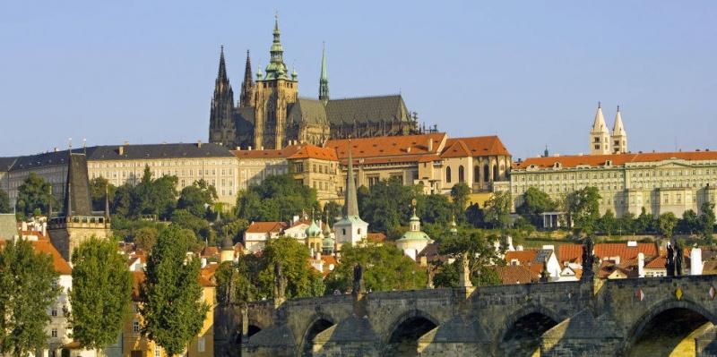 Prague - Lâu đài thời cổ đại lớn nhất thế giới