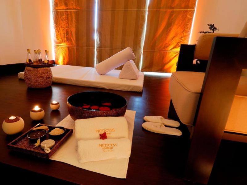 Phòng Spa của resort với ánh đèn ấm áp