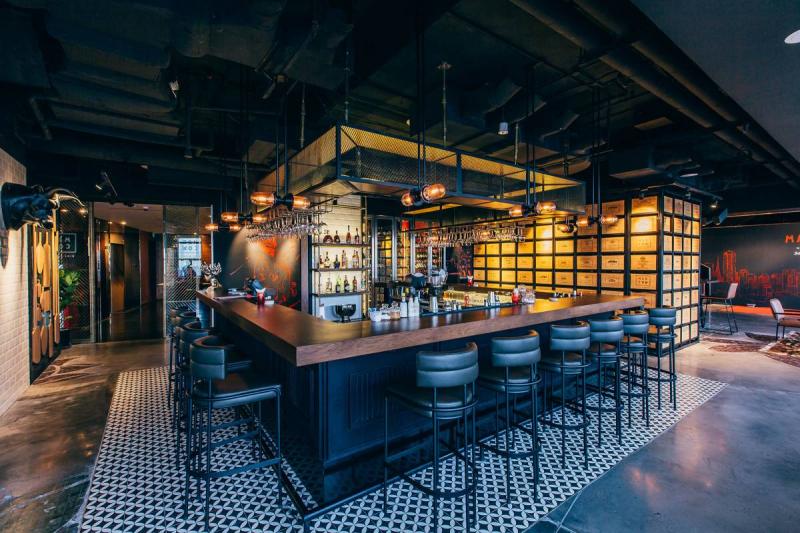 Quán bar được thiết kế độc đáo