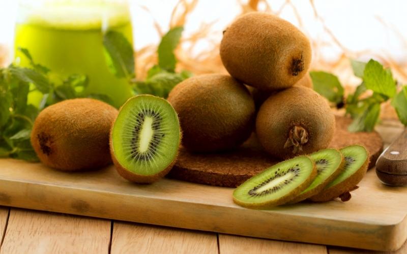 Quả kiwi chứa hơn 80 hoạt chất có lợi cho cơ thể.