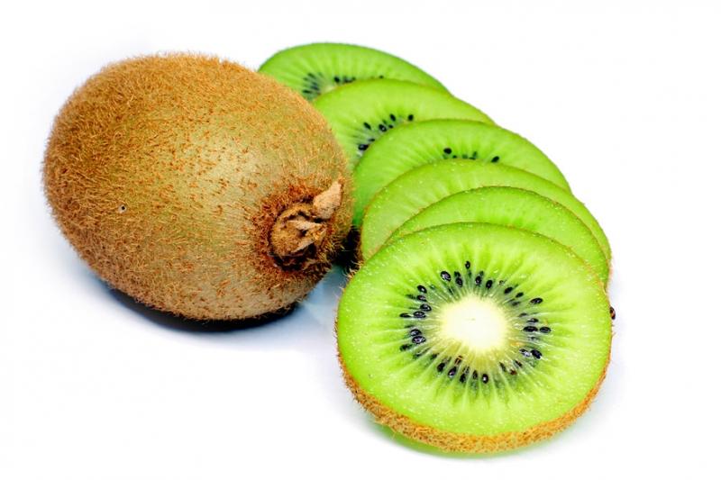 Quả kiwi mọng nước chứa hàm lượng vitamin C rất cao