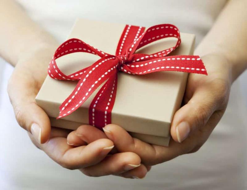 Món quà nhỏ cùng những lời yêu thương