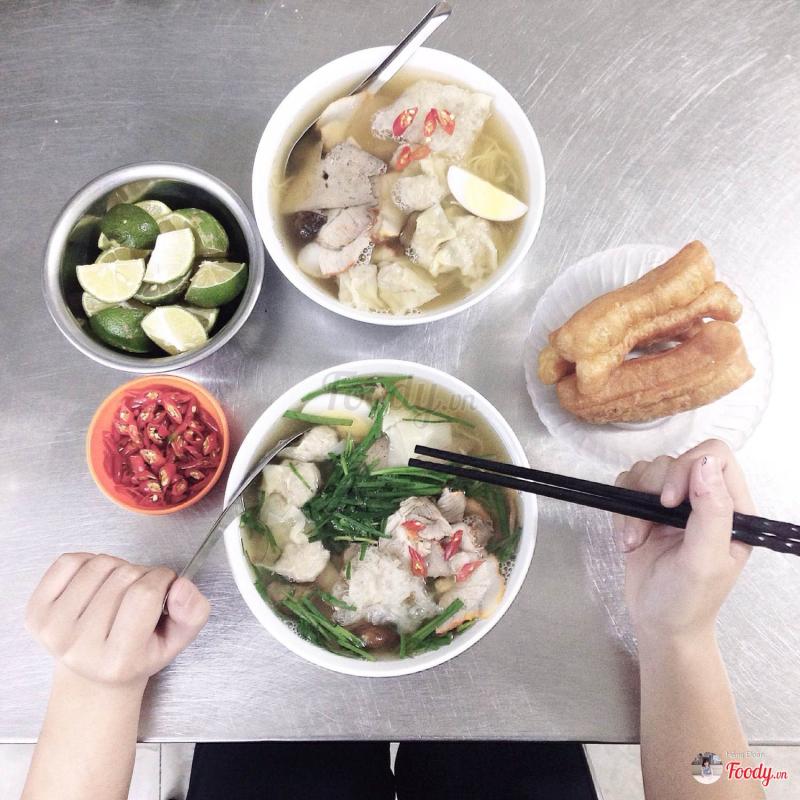 Binh Tay Restaurant - 54 Hang Chieu