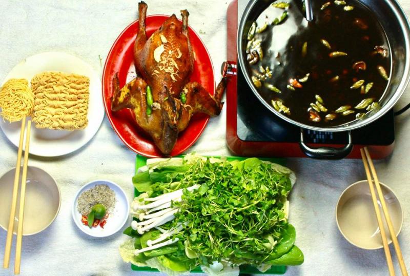 Top 5 quán lẩu gà tiềm ớt hiểm ngon nhất ở Sài Gòn