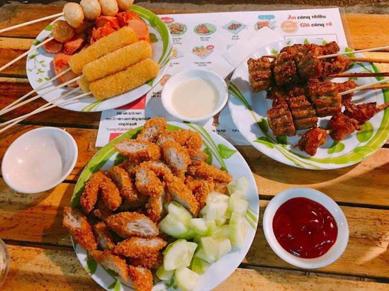 Ăn vặt tại Phố cổ Hà Nội
