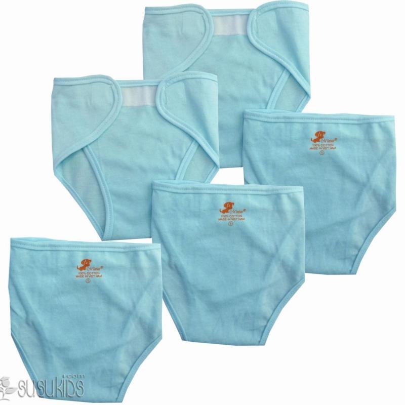 Quần áo cần mang vào phòng sinh cho bé