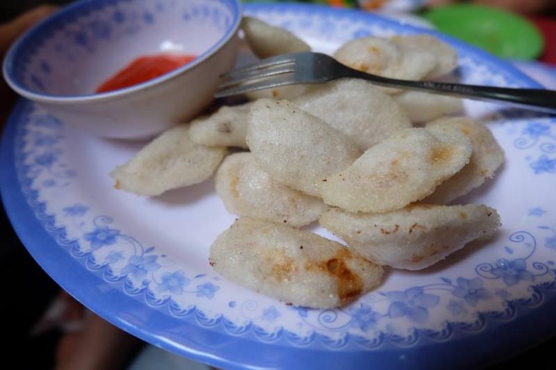 bánh bèo rán thơm ngon ở Hồng Sơn