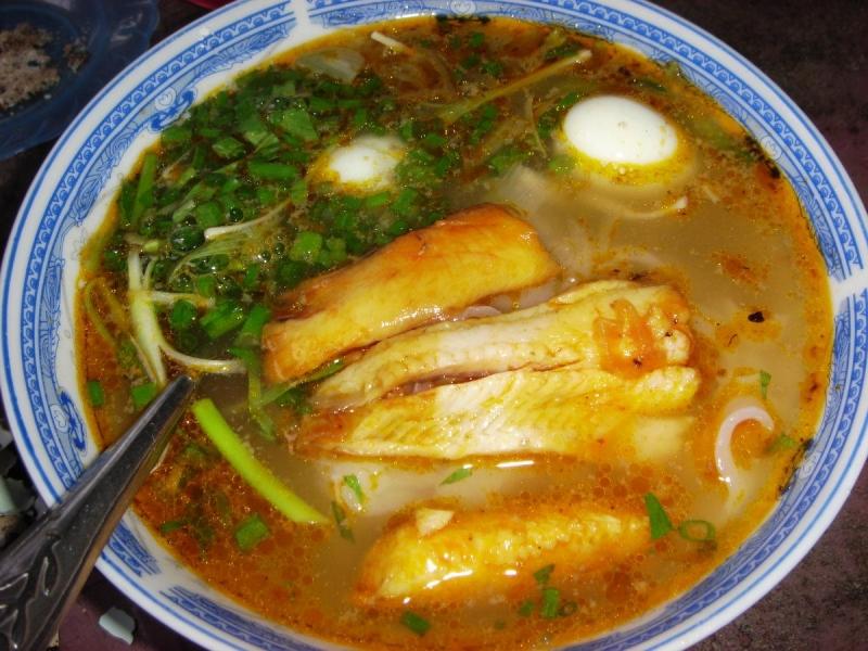 Bánh canh cá lóc Đào